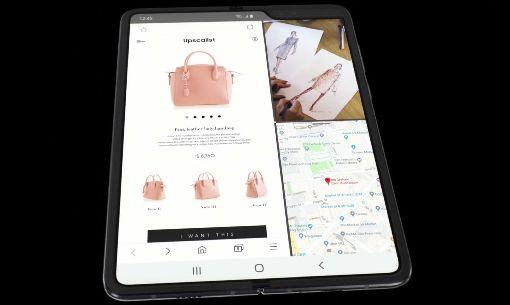 三星首款摺疊機  展開螢幕7.3吋三星發表全球首款摺疊手機Galaxy Flod,正面螢幕達4.6吋,展開內螢幕達7.3吋,如一台小平板。(取自三星官網)中央社記者江明晏傳真  108年2月21日
