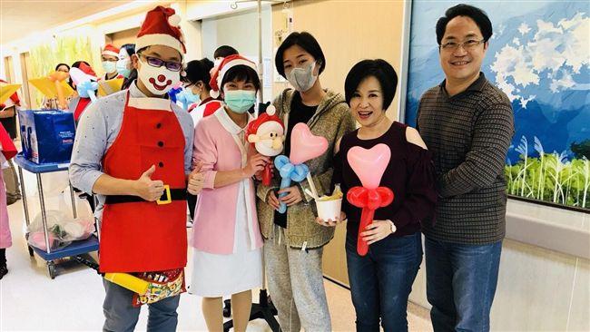 楊月娥陪女戰癌成功 以音樂傳揚祝福