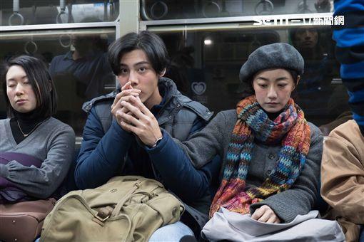 電影《最是橙黃橘綠時》各務孝太、翁嘉薇。(圖/好野娛樂提供)