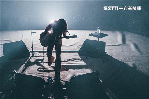Aimyon(愛繆)日前舉行武道館演唱會。(圖/華納音樂提供)