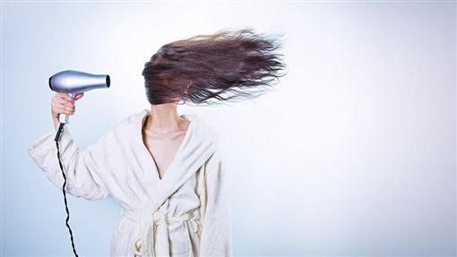 吹頭髮、吹風機/pixabay