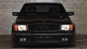 ▲Mercedes-Benz 560 SEC AMG。(圖/翻攝網站)