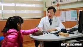 醫師楊成湛提醒家長,若是孩子5歲以上仍有尿床現象,則應留意有無其他疾病,且積極尋求治療。(圖非新聞當事人/花蓮慈濟醫院提供)