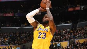 LeBron James。(圖/翻攝自NBA官方推特)