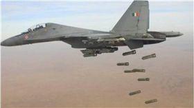 印度:空襲巴基斯坦 逾300名恐怖分子死亡 圖/翻攝推特