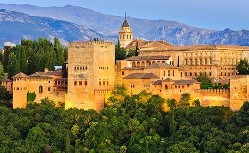 2shutterstock_95676448(Alhambra palace, Granada, Spain).jpg