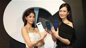 三星發表新款S10系列手機(3)適逢Galaxy十週年,三星21日發表S10系列手機,分別展示S10+、S10、S10e中央社記者張新偉攝 108年2月21日