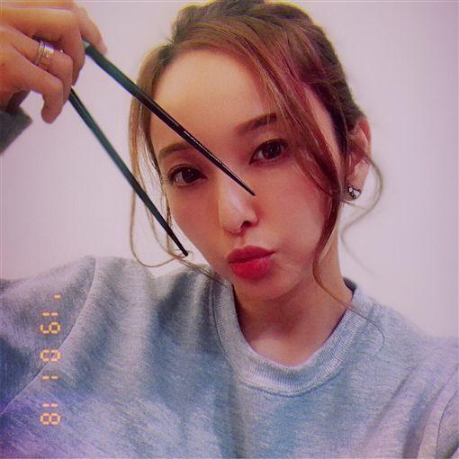 黃小柔、愛紗 圖/翻攝自臉書