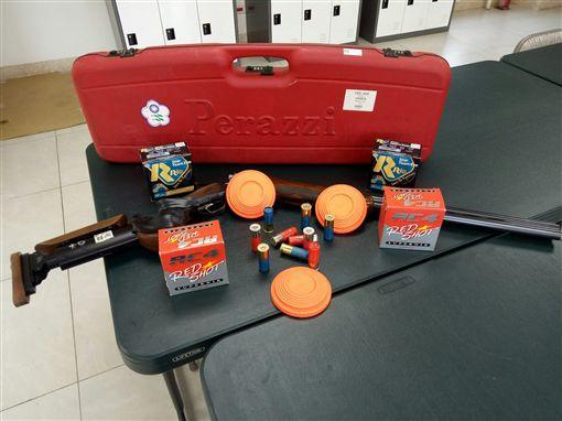 ▲不定向飛靶所需使用槍枝、彈藥及泥盤。(圖/體育署提供)