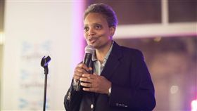 芝加哥選舉!選民支持萊特夫特 有望成為首位非裔女市長(圖/翻攝自Lori Lightfoot Twitter)