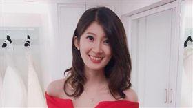 國民黨高雄市長候選人韓國瑜舉辦「北漂青年座談會」,主持人李明璇意外成為亮點!李明璇臉書