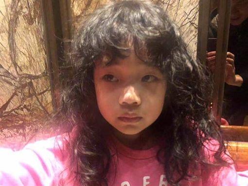 小S女兒許老三新髮型。(圖/翻攝自小SIG)