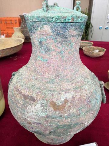 2千年古墓有黃色液體 中國學者:發現仙藥(圖/翻攝自河南商報)