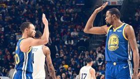 NBA/勇士客場3分險勝七六人 NBA,金州勇士,Stephen Curry,Kevin Durant 翻攝自勇士官方推特