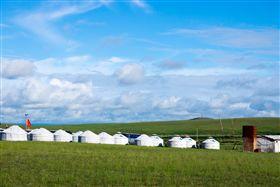 ▲綠油油的草原是夏天送給內蒙古最好的禮物(圖/shutterstock.com)