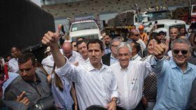 委內瑞拉反對派領袖瓜伊多(Juan Guaido)今日表示,結束在厄瓜多的訪問行程後,他將返回委內瑞拉,同時呼籲針對委國總統馬杜洛發起新一波抗議活動。(圖/翻攝自Sebastian Piñera Twitter)