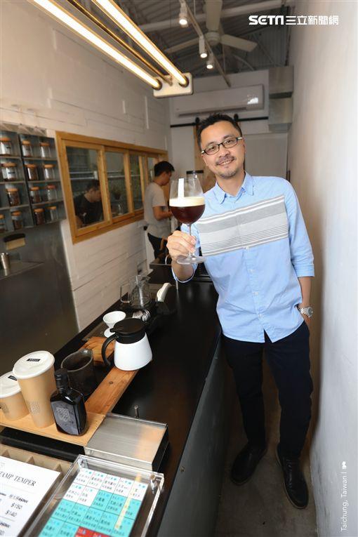 Tamp Temper Taichung Coffee,Ean,陳耀恩,立飲,咖啡(圖/勿用)