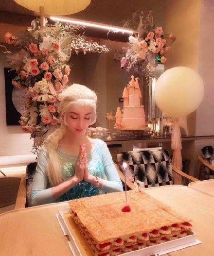 Angelababy,楊穎,生日,公主,冰雪奇緣,艾莎/翻攝自微博