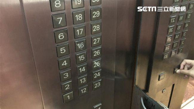 大媽搭電梯飆「沒問我去幾樓」 網拳頭硬:下次幫按太平間