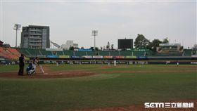▲統一獅與富邦悍將在台南練習比賽。(圖/記者蕭保祥攝影)