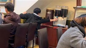 飲料,餐廳,座位,VIP,爆廢公社 圖/翻攝自臉書爆廢公社