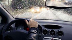 ▲雨天開車注意事項(圖/翻攝網路)