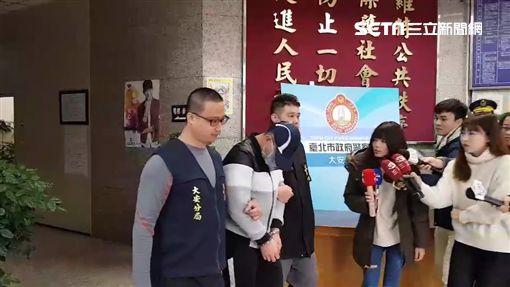 台北市賴姓男子重回師大附中參加畢業舞會,趁機偷拍學妹裙底風光遭逮(翻攝畫面)