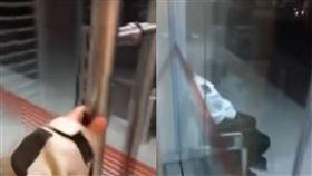 保全,顧門,ATM,警報,反鎖,吉隆坡,匯款,提款,睡覺, 圖/翻攝自YouTube