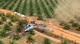 哥倫比亞民防緊急單位在推特發文表示,一架飛機今天在哥倫比亞中東部墜毀,機上12人罹難。(圖/翻攝自@AirCrashMayday推特)