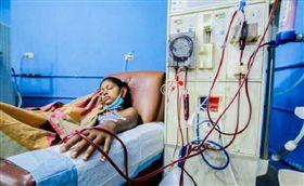 委內瑞拉,洗腎,醫院,生病。(圖/翻攝自@800Noticias推特)
