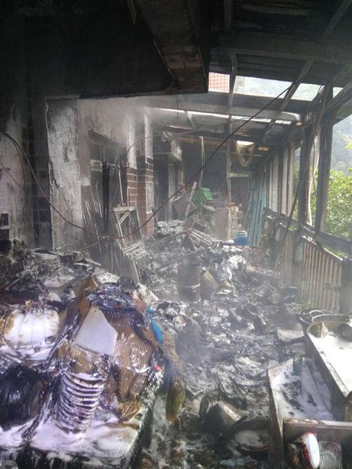 電暖器,陽台,火災,基隆