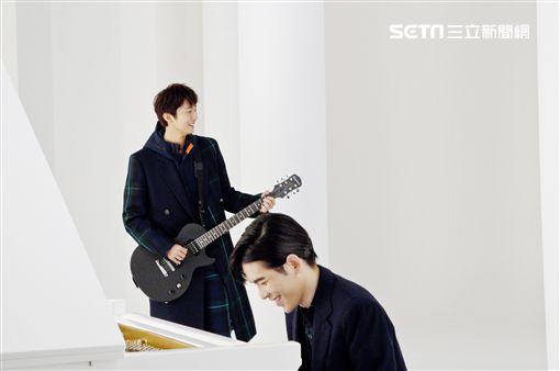 許書豪新單曲《別再叫我哥》,找來蕭敬騰跨刀。(圖/上行娛樂提供)