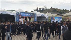 「至尊盟」大哥陳文將告別式,黑白道5千人送行。(圖/翻攝畫面)