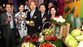 韓國瑜大馬簽約 外銷高雄優質農產品高雄市市長韓國瑜今天在吉隆坡見證高雄農會與馬來西亞進口商Euro-Atlantic簽約儀式,希望透過這項合作,讓高雄的優質農產品未來不間斷推廣至馬來西亞。(吉隆坡台灣貿易中心提供)中央社記者郭朝河吉隆坡傳真 108年2月25日
