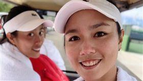 ▲詹皓晴(左)與姊姊詹詠然聯手晉女雙8強。(圖/劉雪貞提供)