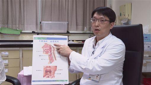 基隆醫院耳鼻喉科醫師邱柏翰,鼻咽癌(記者陳則凱攝影)