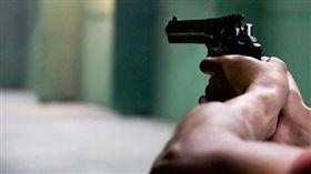 槍,手槍,中彈,槍枝(圖/pixabay)