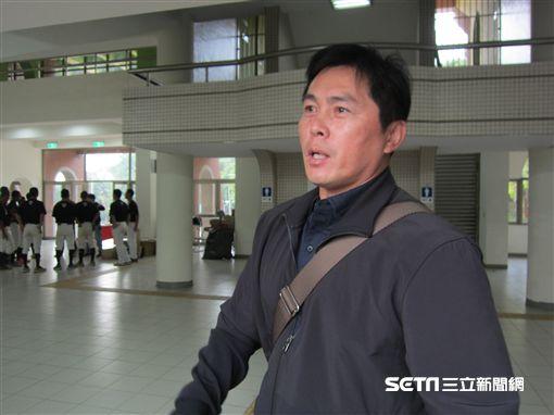 ▲葉君璋擔任電視轉播球評。(圖/記者蕭保祥攝影)