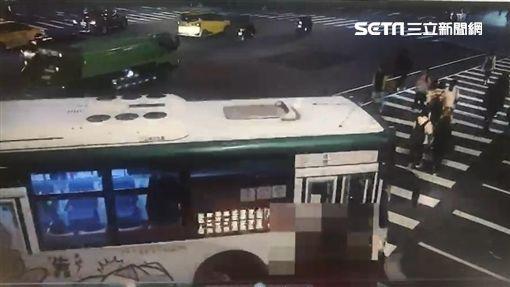 台北,公車,忠孝西路,車禍