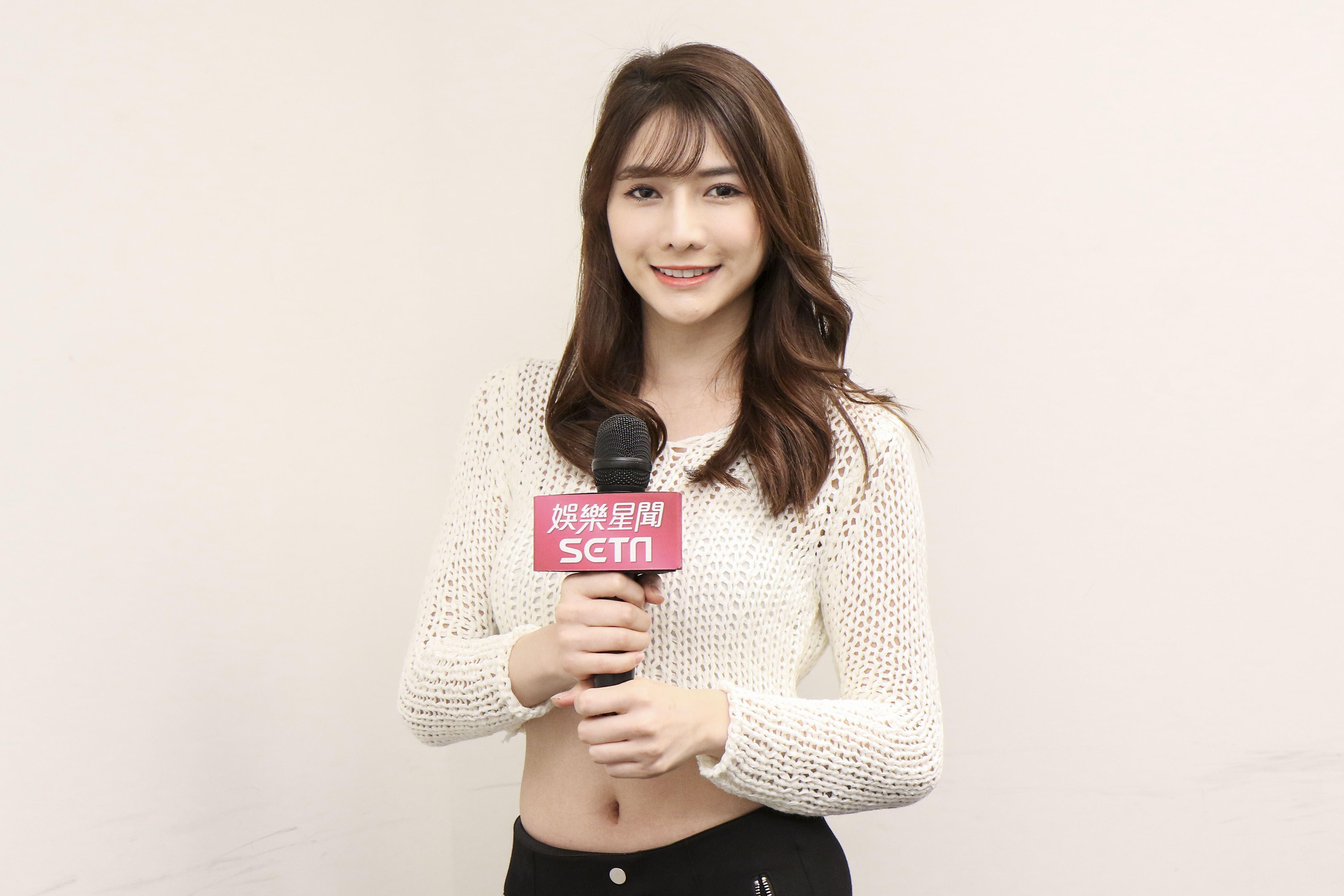 賣魚妹劉芃芃娛樂星聞專訪。(記者林士傑/攝影)