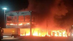 ▲西班牙Jerez賽道發生火災,18輛賽車全數燒毀。(圖/翻攝網站)