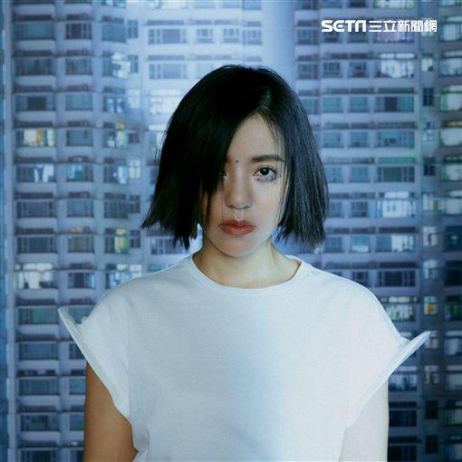 丁噹推出個人第9張個人專輯《愛到不要命 Die Lovin'》。(圖/相信提供)