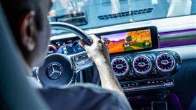 ▲Mercedes-Benz MBUX(圖/翻攝網路)