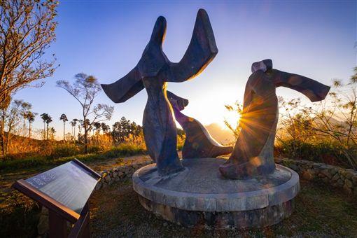 雲嶺之丘360度觀景台,觀日出,賞夕陽,雲林,南投,美景,草嶺