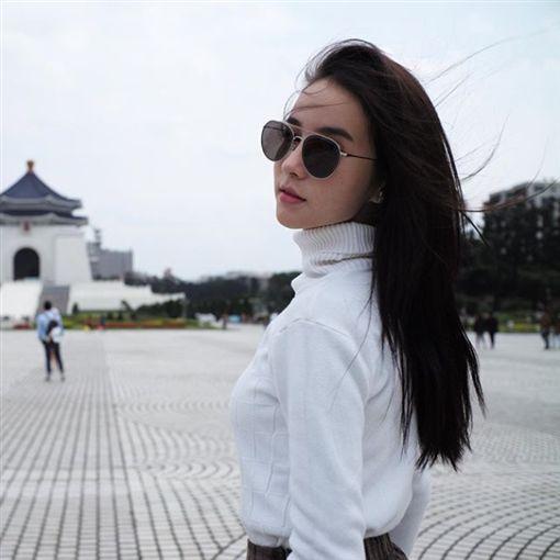 泰國女星Yoshi Rinrada近日上傳到台灣旅遊的照片引起粉絲關注。(圖/翻攝自instagram/yoshirinrada)