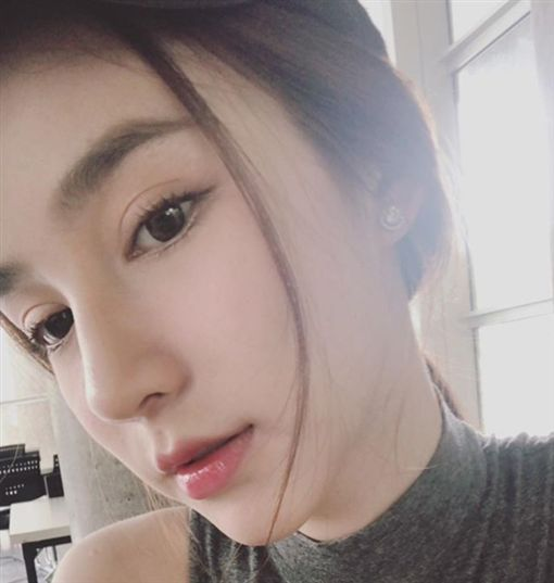 素有「泰國Angelababy」稱號的女星Yoshi Rinrada經常將美照分享至個人社群網站。(圖/翻攝自instagram/yoshirinrada)