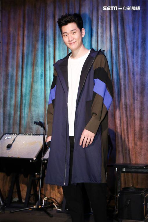 情歌王子周興哲以歌手身分演出偶像劇《女兵日記女力報到》。(記者林士傑/攝影)