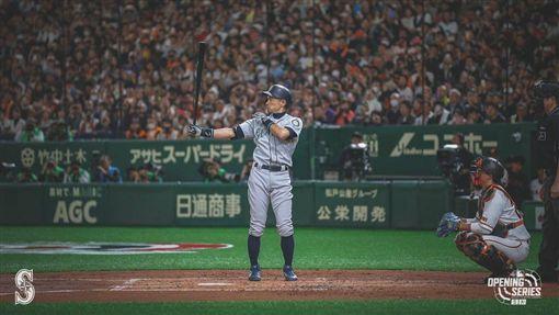 鈴木一朗東京巨蛋熱身賽。(圖/翻攝自水手推特)