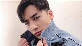 「BIGBANG」勝利。(圖/IG)