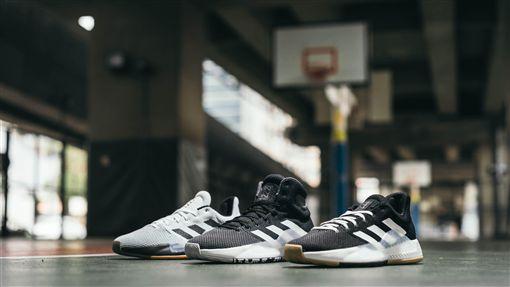 adidas推出PRO BOUNCE MADNESS 2019鞋款。(圖/品牌提供)
